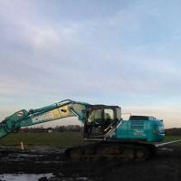 Kobelco 210, (met) powertilt.jpg